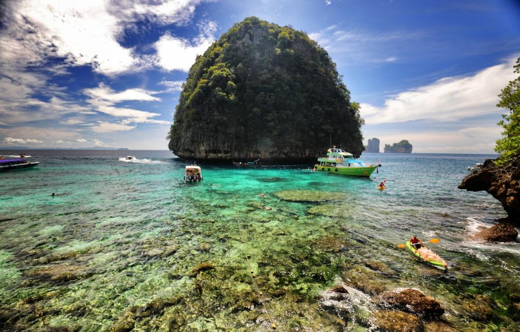 the beach 2000 full movie subtitle indonesia