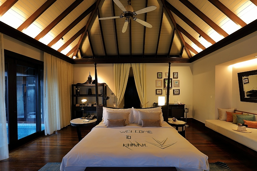 Anantara Kihavah Maldives Luxury Resort Paradise Baa Atoll travelogue