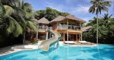 Soneva Fushi Resort Premium Robinson Crusoe adventure Maldives