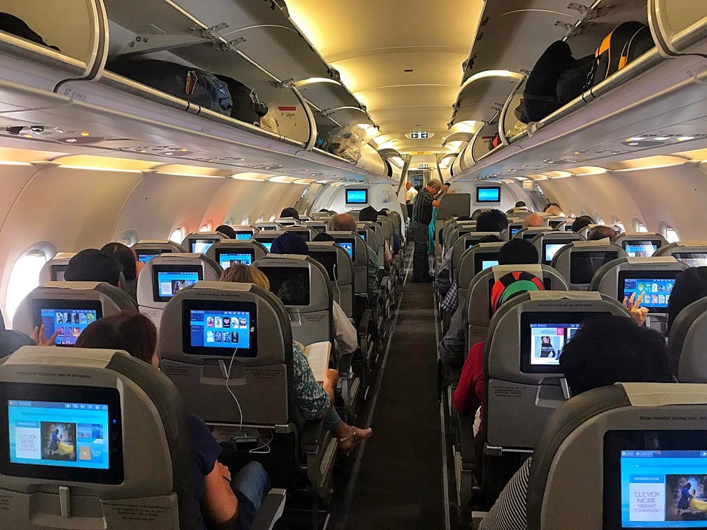 Sri Lanka Airlines - My first flight review with Jensen Chua Photography