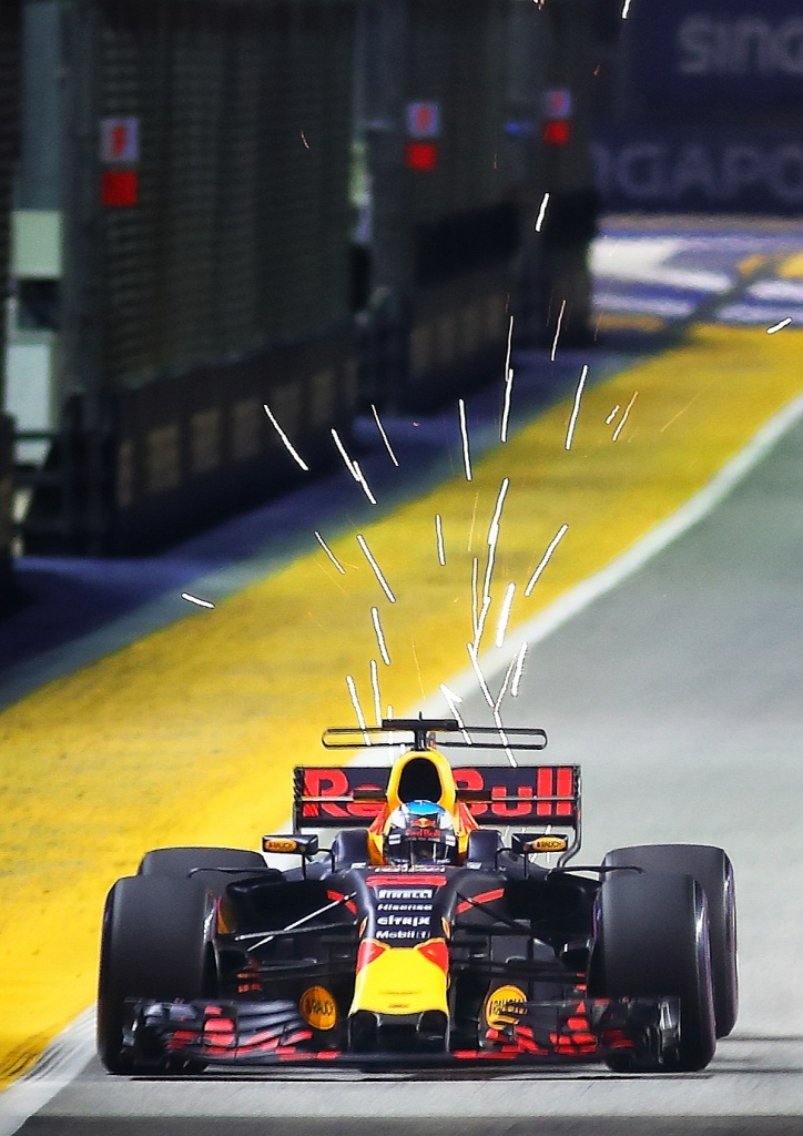 5 Essential Tips for Better Formula One Photography by Jensen Chua Photography