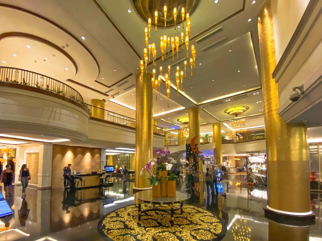 Manila Dusit Thani Hotel